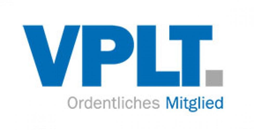 "<span class=""caps"">NEWS</span> / 23.04.2014 / artstage ist neues Mitglied im <span class=""caps"">VPLT</span>"